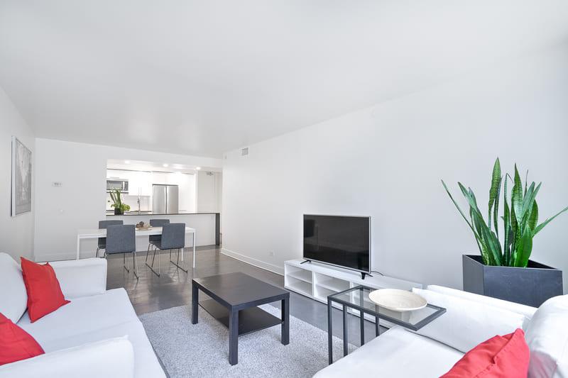 208 living-kitchen